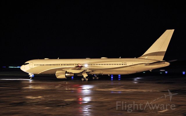 """BOEING 767-300 (P4-MES) - roman abramovich b767-33a(er) p4-mes nicknamed """"the bandit"""" arriving in shannon from sint maarten 19/12/18."""