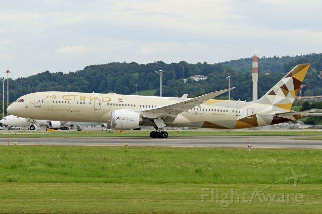 Boeing Dreamliner (Srs.8) (A6-BLA)