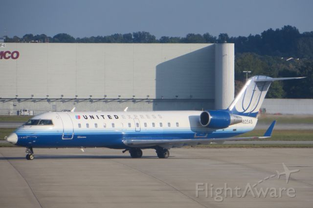 Canadair Regional Jet CRJ-100 (N825AS) - United Express CRJ-200 9/24/13