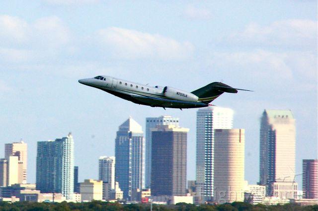 Cessna Citation X (N707LX) - Departing KTPA 12/16/11