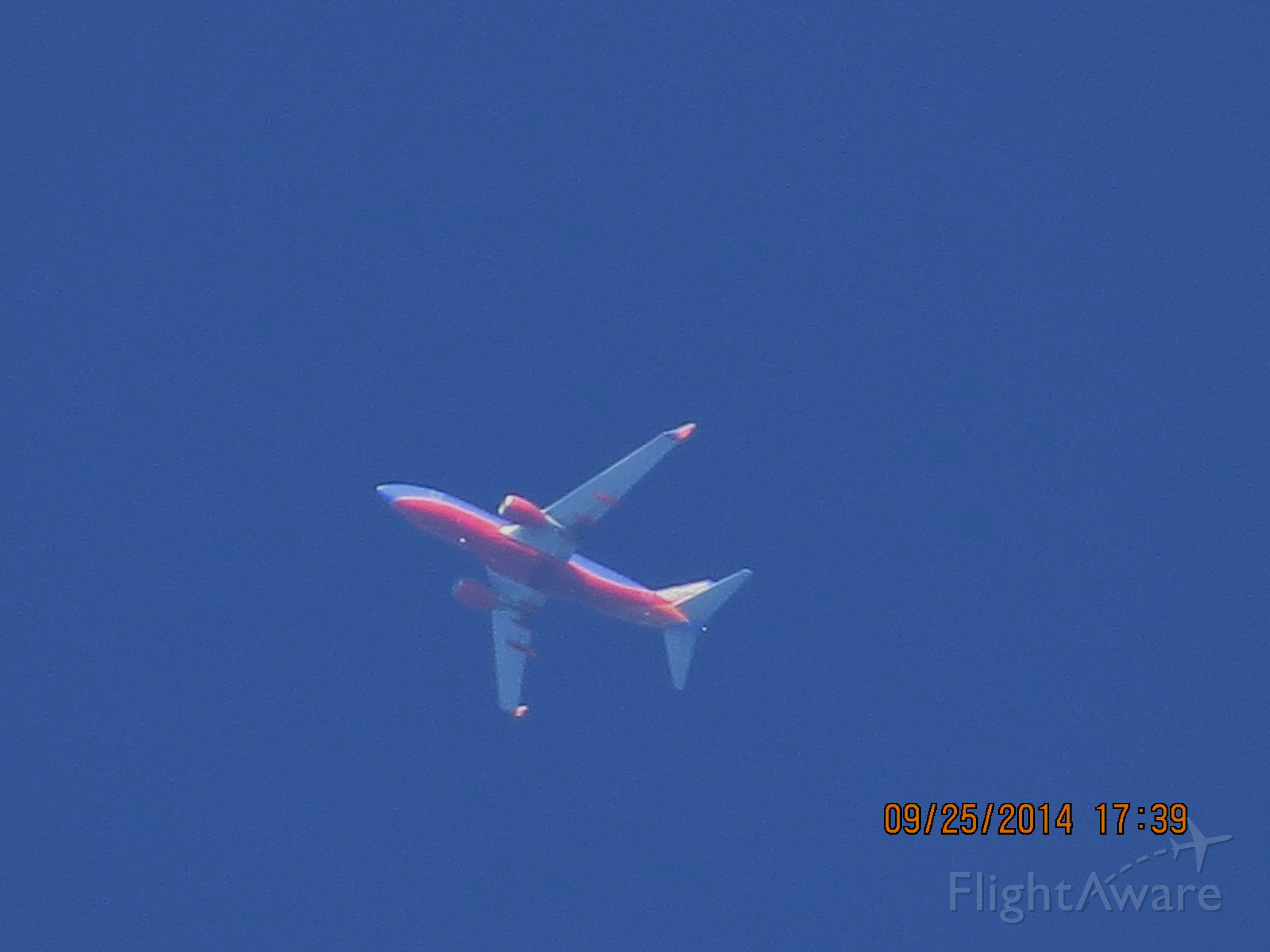 Boeing 737-700 (N261WN) - Southwest Airlines flight 3679 from ATL to DEN over Baxter Springs Kansas (78KS) at 38,000 feet.