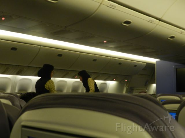 Boeing 777-200 (HZ-AKA) - the cabin attendants have just started the beverage service on board this short flight of 1H and 40 min from ryiadh to Jeddah