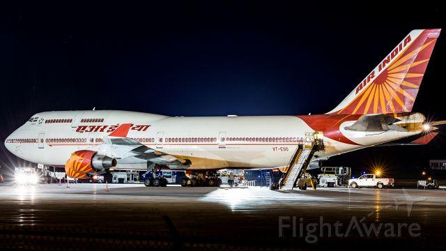 Boeing 747-400 (VT-ESO) - State visit.