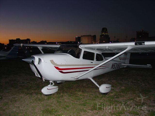 Cessna Skyhawk (N5316G) - Sunset on the ramp at Albert Whitted Field St Petersburg, Florida (2003).