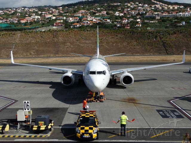 Boeing 737-700 (F-GZHA) - MADEIRA