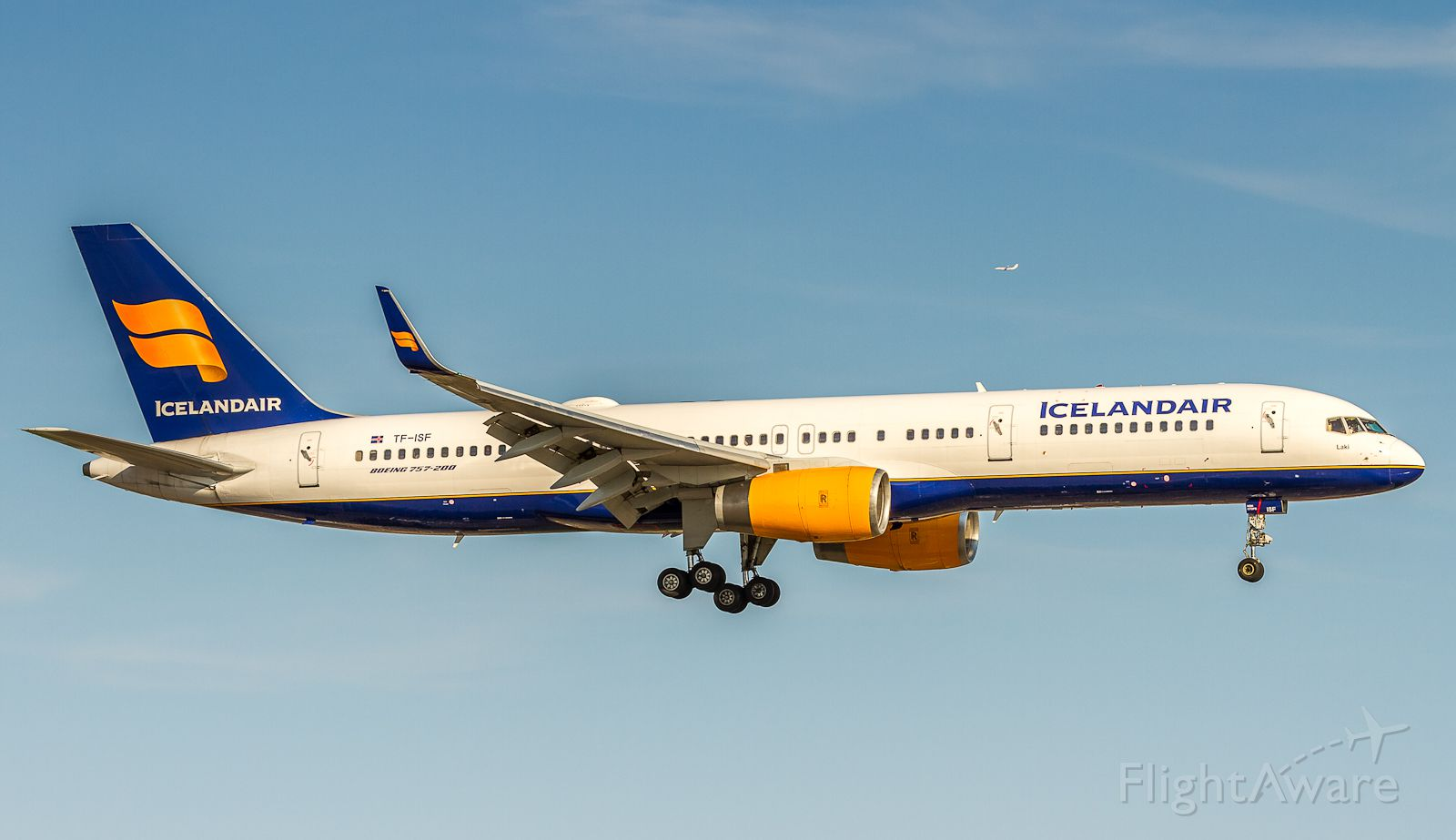 Boeing 757-200 (TF-ISF)