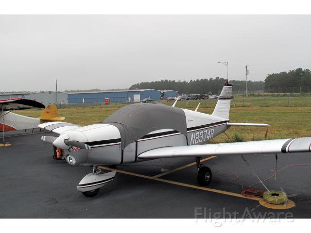 Piper Cherokee (N8374R)