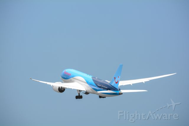 """Boeing 787-8 (G-TUIC) - Thomson's """"Dream Maker"""" departing 9L at KSFB (8/5/13)"""