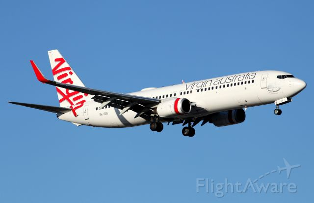 Boeing 737-800 (VH-VUS) - On Approach to Rwy 16R