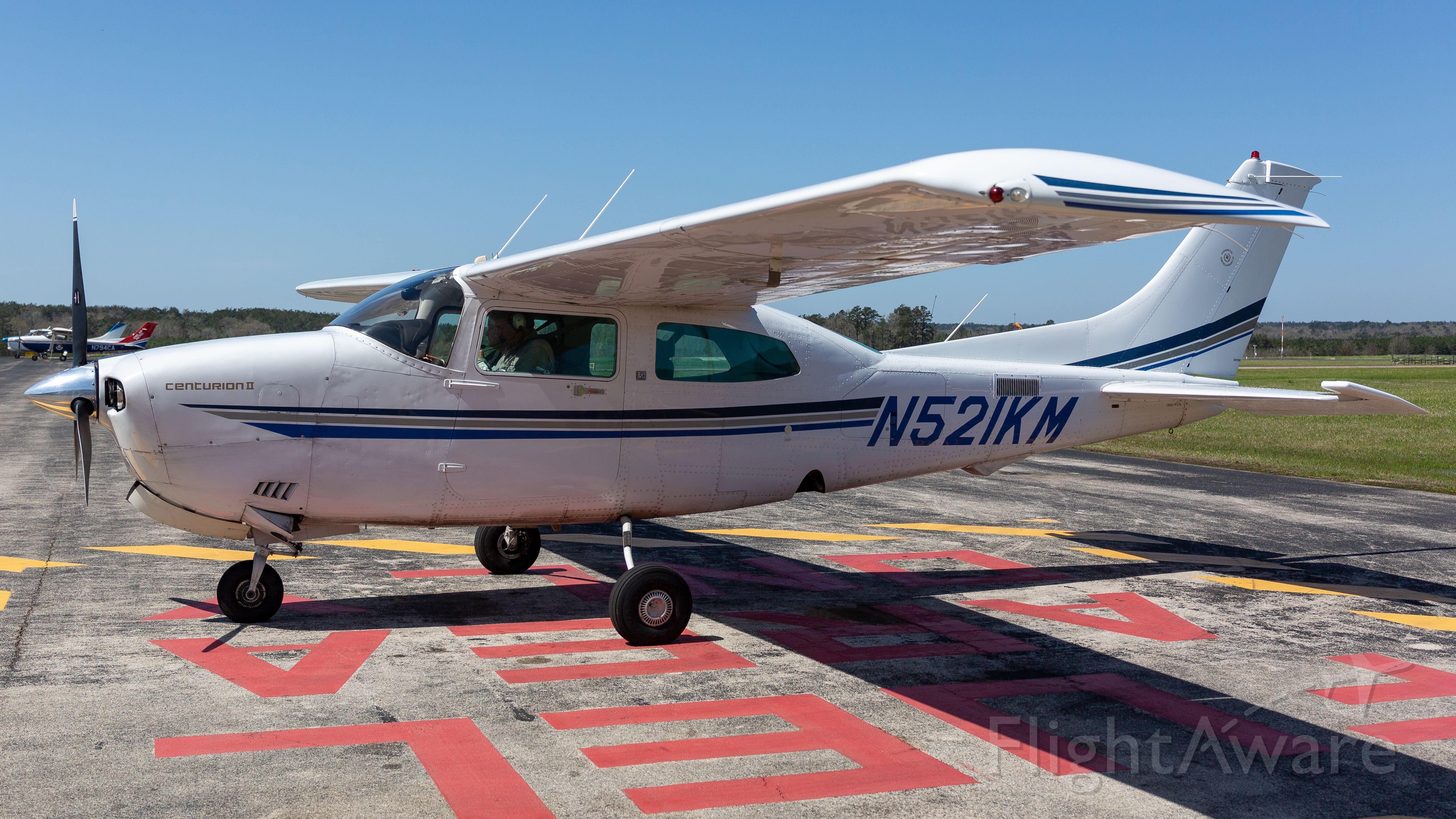 Cessna Centurion (N521KM)