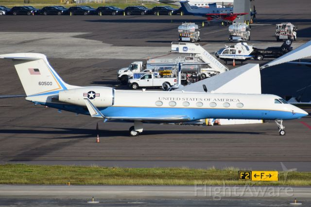 "Gulfstream Aerospace Gulfstream V (06-0500) - United States Air Force | 06-0500 (60500)<br />Callsign: ""MAGIC Seven - One"" / MAGIC71<br />Type: Gulfstream Aerospace C-37B (G550)"