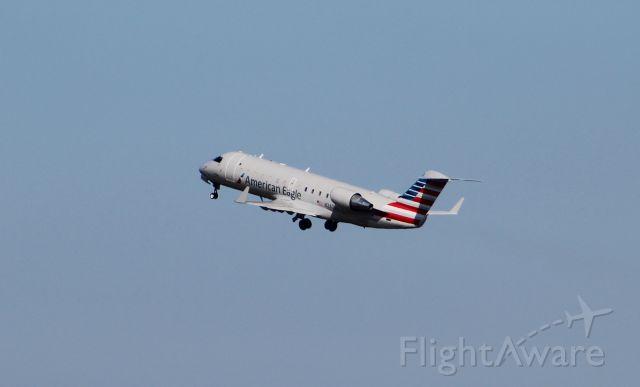 Canadair Regional Jet CRJ-200 (N247JS) - Blue Streak 5110 launching from Norfolk