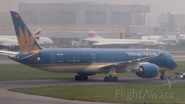 Boeing 787-9 Dreamliner (VNA861)