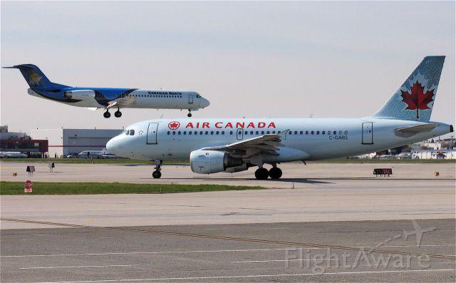 Airbus A319 (C-GARG)