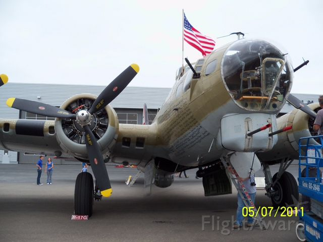 23-1909 — - Shot of Collings Foundation B-17G Nine-O-Nine.  I have to say of the few remaining flying examples, this aircraft beats them all.