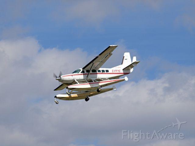 Cessna Caravan (C-FFYC) - Spotting at CYWG / Winnipeg.