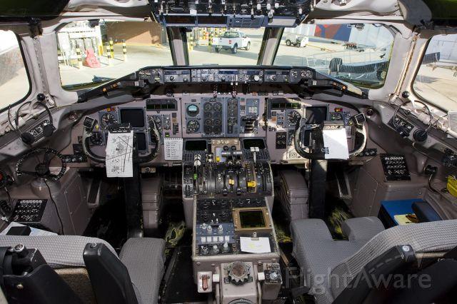 McDonnell Douglas MD-88 (N901DE)