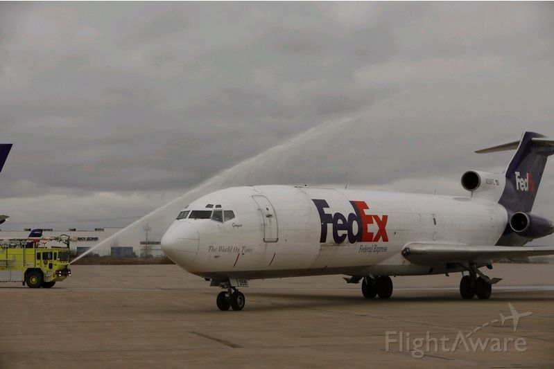 BOEING 727-200 (N268FE) - N268FE gets a water cannon salute upon her arrival at Buffalo Niagara Intl Airport after the 39,448th and final flight of her 33-year career. Delivered new to Air Canada in 1979, she spent the final 19 years of her service hauling freight for FedEx. She will now be used as a static training aid for ARFF crews and local law enforcement agencies.