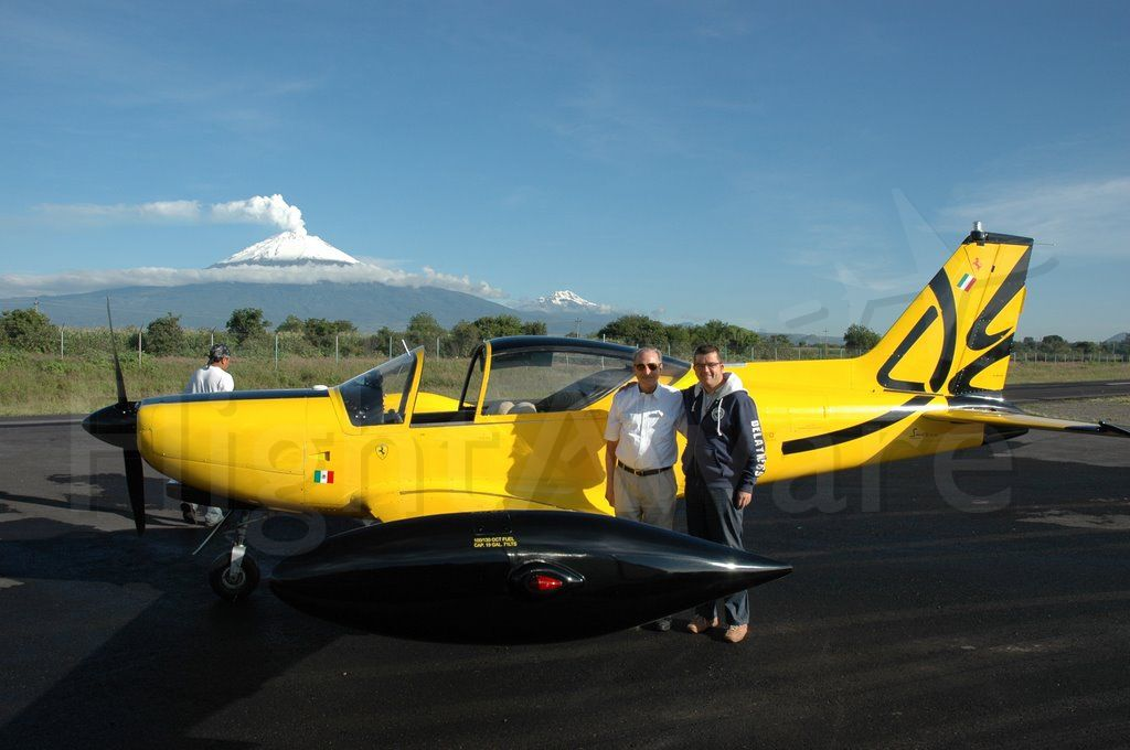 SIAI-MARCHETTI Warrior (XB-SIA) - SIAI MARCHETI SF 260 XB-SIA SERIAL NR.125 TTSN 800 HRS  THE SF260 - STELLIO FRATTI´S - FLYING FERRARI.  CLOSE TO MMPB - THE VULCANO IS THE POPOCATEPETL 17,500 FEET- IN AZTEC - MOUNTAIN THAT SMOKES - IN THE STATE OF PUEBLA, MEXICO.  COME AND VISIT MEXICO.  A GREAT COUNTRY TO FLY IN.