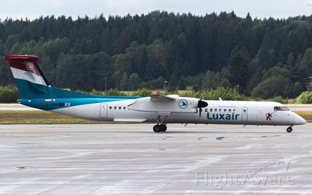 de Havilland Dash 8-400 (LX-LGM)