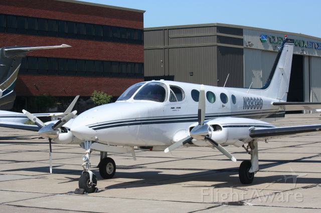 Cessna 340 (N3938G) - Excellent Cessna 340 available at Cuyahoga County Airport - T & G Flying Club