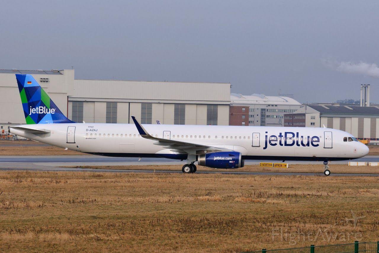 Airbus A321 (N923JB)
