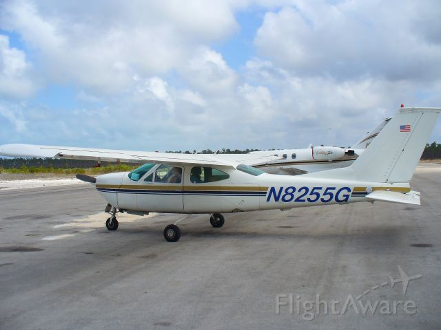 Cessna Cardinal (N8255G) - N8255G , a 1971 Cessna 177 RG in Marsh Harbor, Abaco Island, Bahamas, May 27, 2007.
