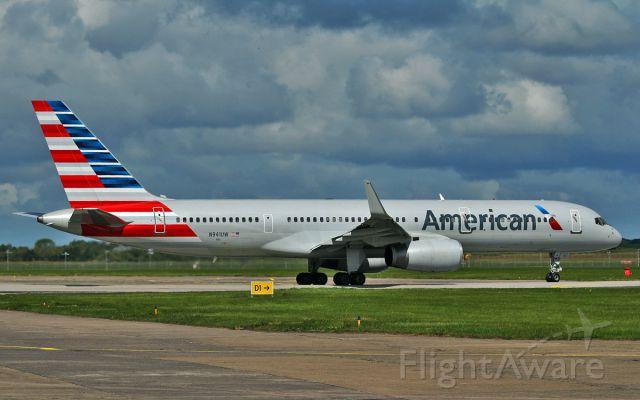Boeing 757-200 (N941UW) - american b757-2 n941uw dep shannon 29/7/15.