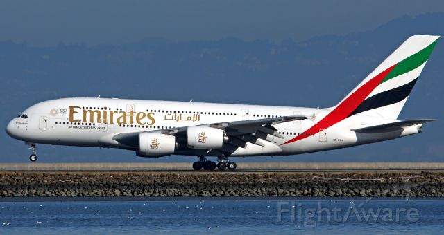 Airbus A380-800 (A6-EEO)