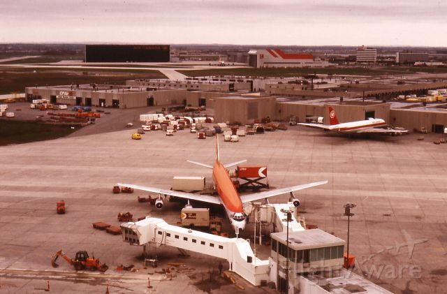 — — - CP Air DC-8,YYZ