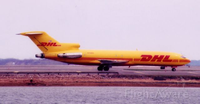 BOEING 727-200 (N753DH) - From April 27, 2004