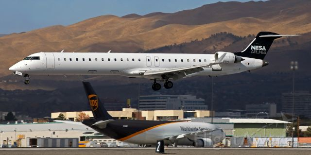 Canadair Regional Jet CRJ-900 (N956LR) - Arriving from Phoenix; about to land on 16R.