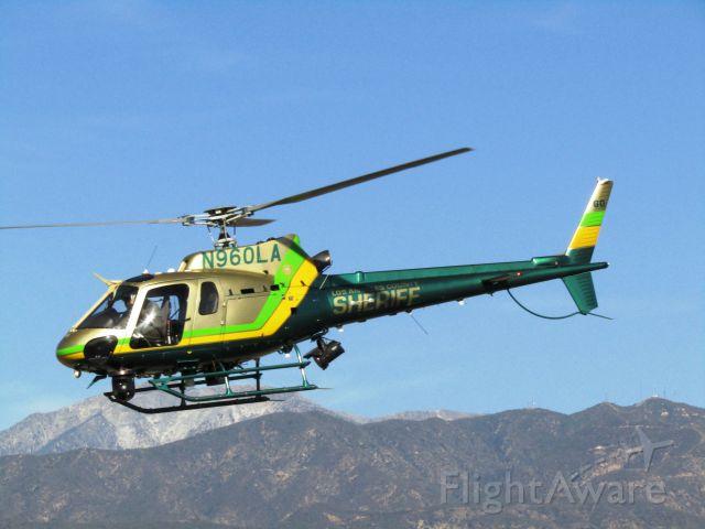 Eurocopter AS-350 AStar (N960LA) - Lifting off from Brackett Field