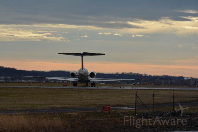 McDonnell Douglas MD-88 (N915DL)