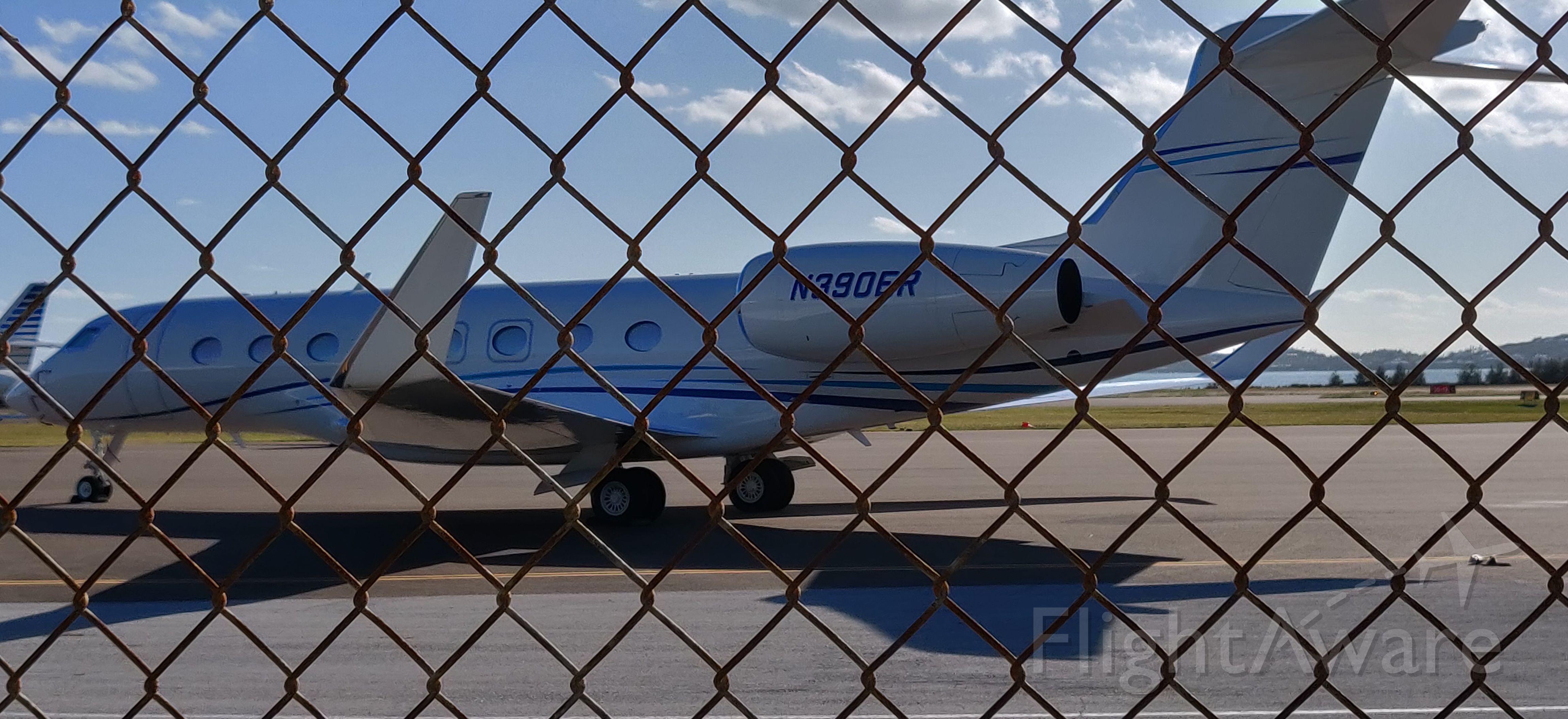 Gulfstream Aerospace Gulfstream G650 (N390ER) - Parked at FBO in Bermuda 10/27/19