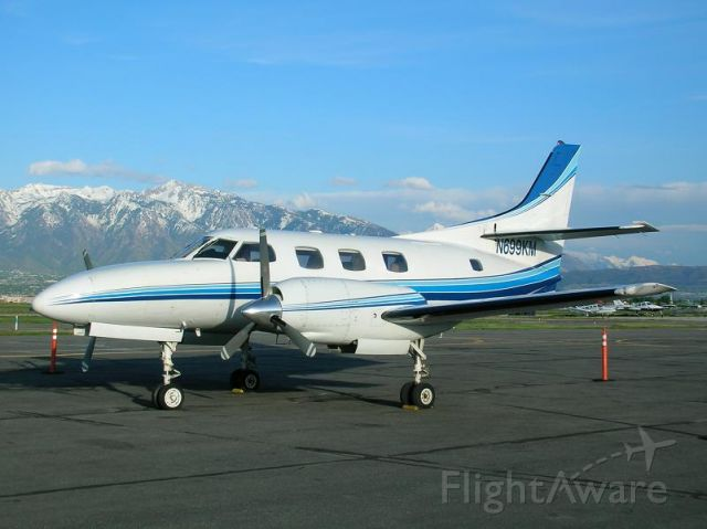 Swearingen Merlin 3 (N699KM) - Resting between flights at Salt Lake City #2