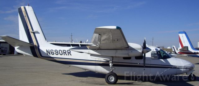 Aero Commander 500 (N690RR)