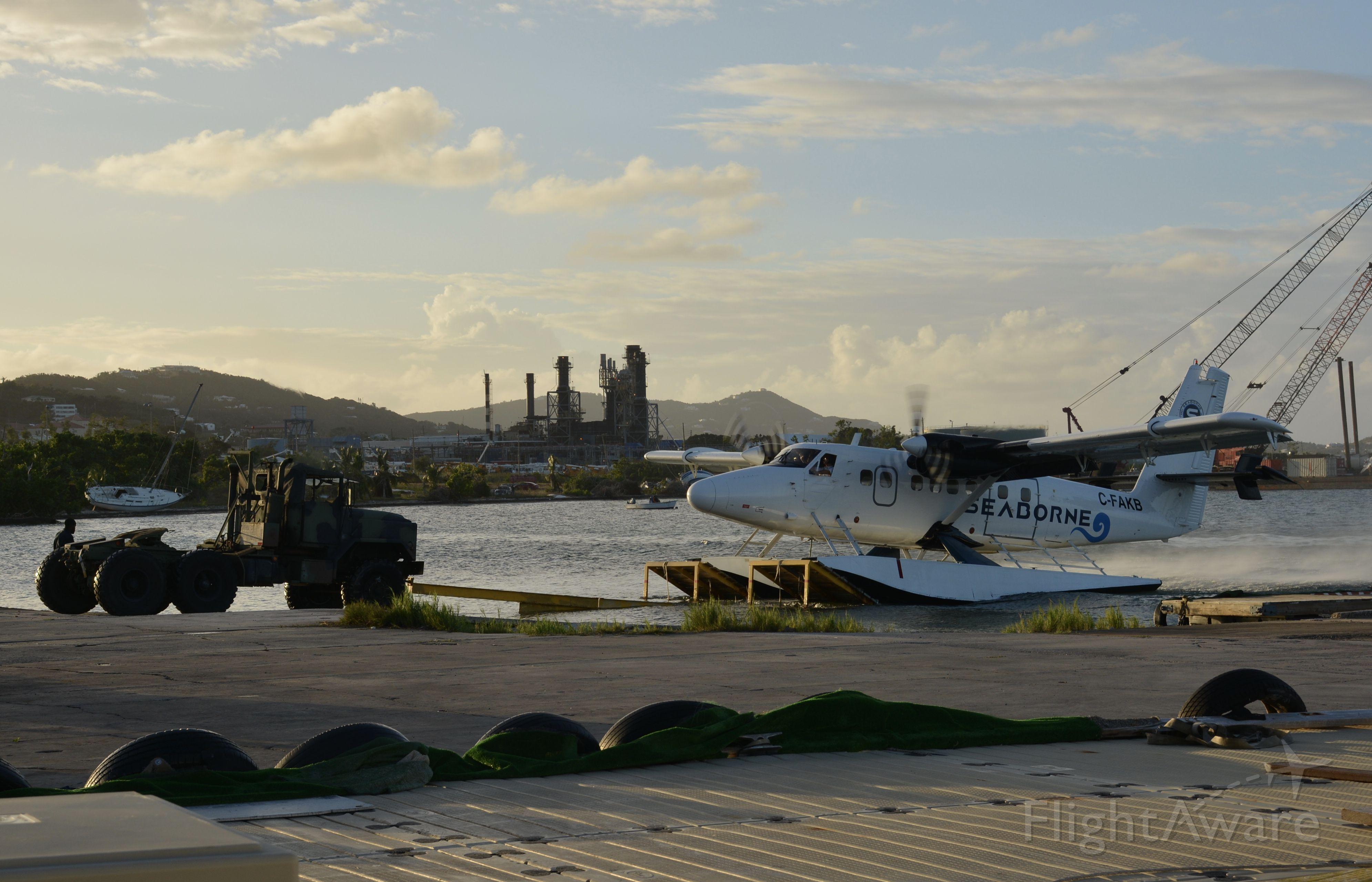 De Havilland Canada Twin Otter (C-FAKB)