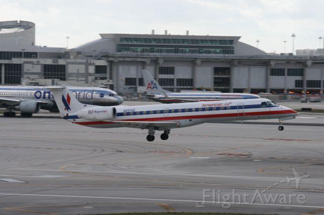 Embraer ERJ-145 (N651AE)