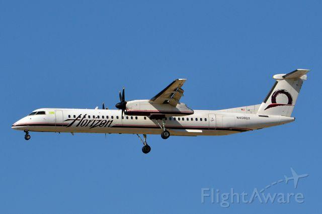 de Havilland Dash 8-400 (N408QX)