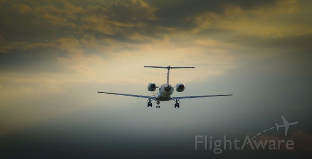 — — - Landing cyul 2016-10-18 @ 16h54