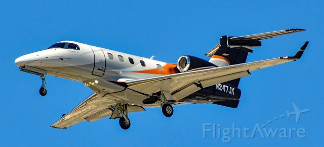 Embraer Phenom 300 (N247JK) - N247JK  Embraer EMB-505 Phenom 300 s/n 50500033 - Las Vegas - McCarran International Airport (LAS / KLAS)<br />USA - Nevada June 8, 2021<br />Photo: Tomás Del Coro