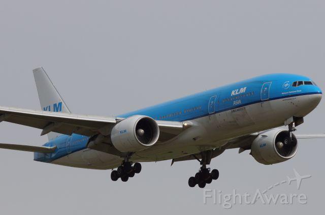 Boeing 777-200 (PH-BQN)