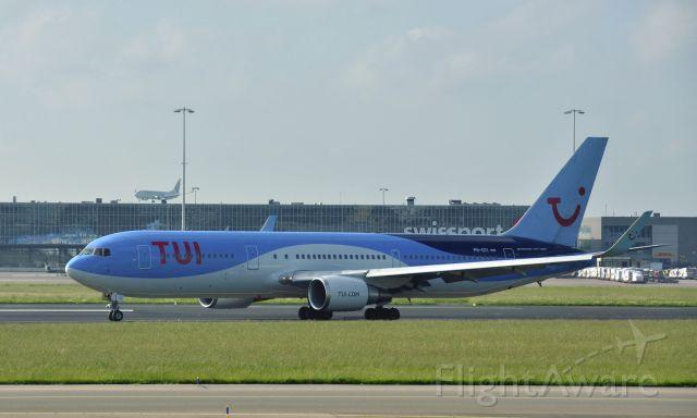 BOEING 767-300 (PH-OYI) - TUI fly Boeing 767-304(ER) PH-OYI in Amsterdam