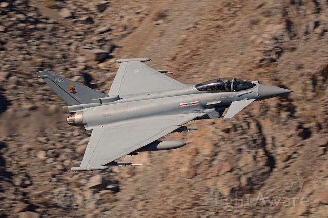 GLA332 — - ZK332 Typhoon FGR.4 41SQN