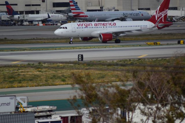 Airbus A320 — - Virgin America arrival