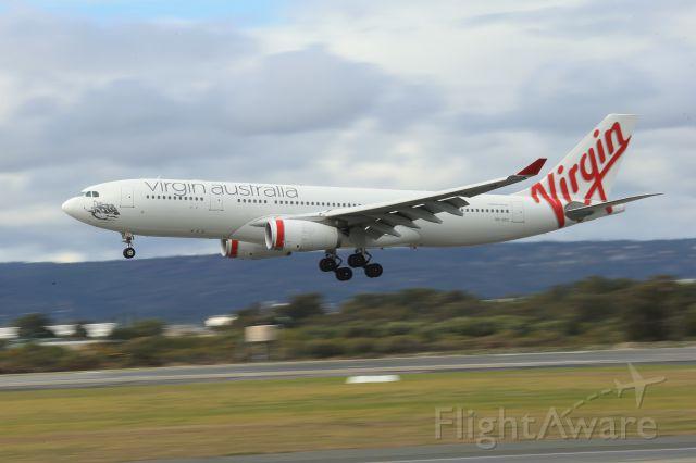 Airbus A330-200 (VH-XFC)