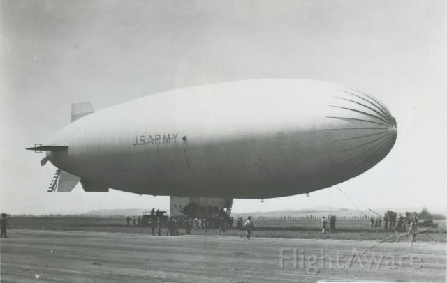 Unknown/Generic Airship — - scanned from photograph<br />TC-13
