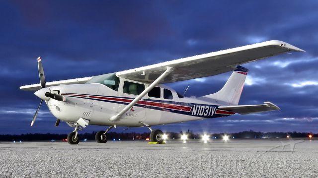 Cessna 206 Stationair (N1031V)