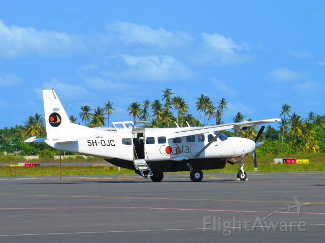 Cessna Caravan (5H-OJC)